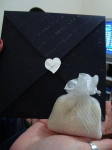 Convite de casamento com saquinho de arroz