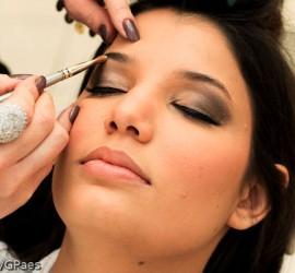 Dia da noiva: making of da maquiagem. Foto: Alfa Foto.
