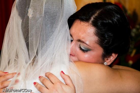 Madrinha chorando