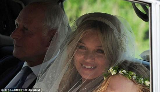Casamento de Kate Moss: chegada da noiva