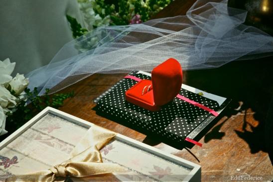 Agenda da noiva prata com bolinhas brancas. Foto: Edu Federice.