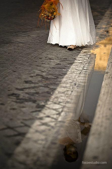 Vestido de noiva com tule de poá. Foto: Foco Estúdio.