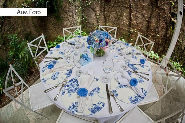 decoracao branca casamento:Casamento florido azul e branco
