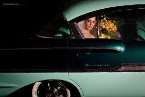 casamento_chuva_carro_foco_estudio.jpg