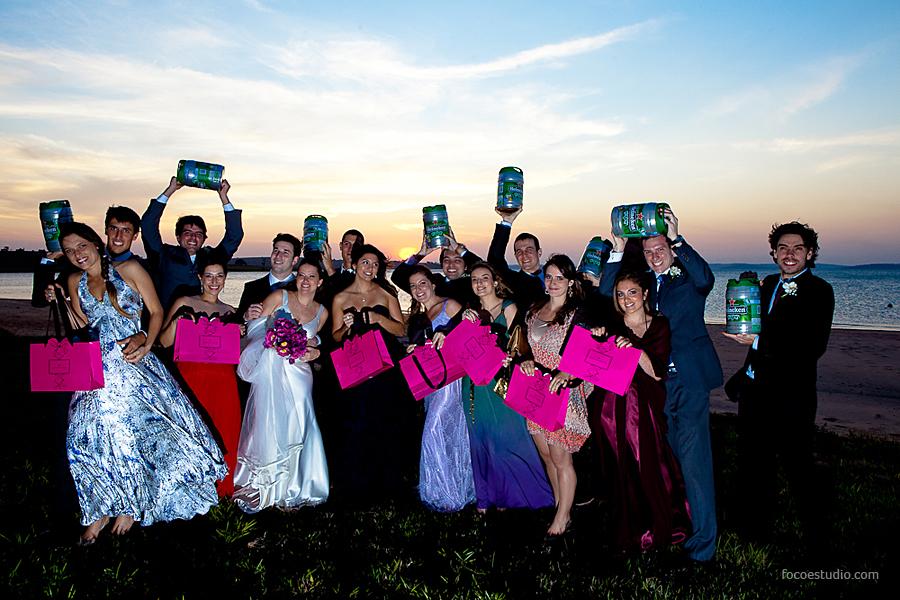 http://planejandomeucasamento.com.br/wp-content/uploads/2012/07/presente_madrinhas_padrinhos_casamento_foco_estudio.jpg