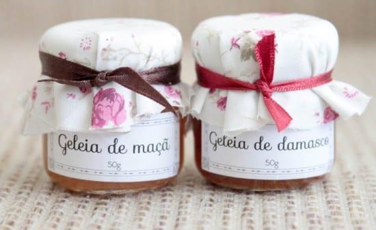 Potinhos de geléia para lembrancinha de casamento. Foto: Nena Chocolates.