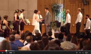 Vídeo: Harlem Shake na cerimônia do casamento.