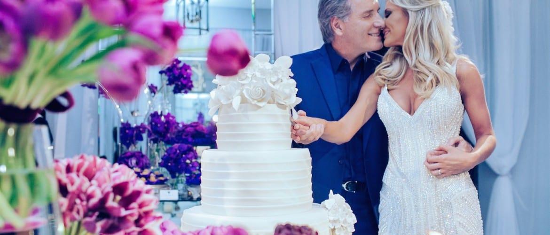 Casamento Roberto Justus e Ana Paula Siebert: cortando o bolo.