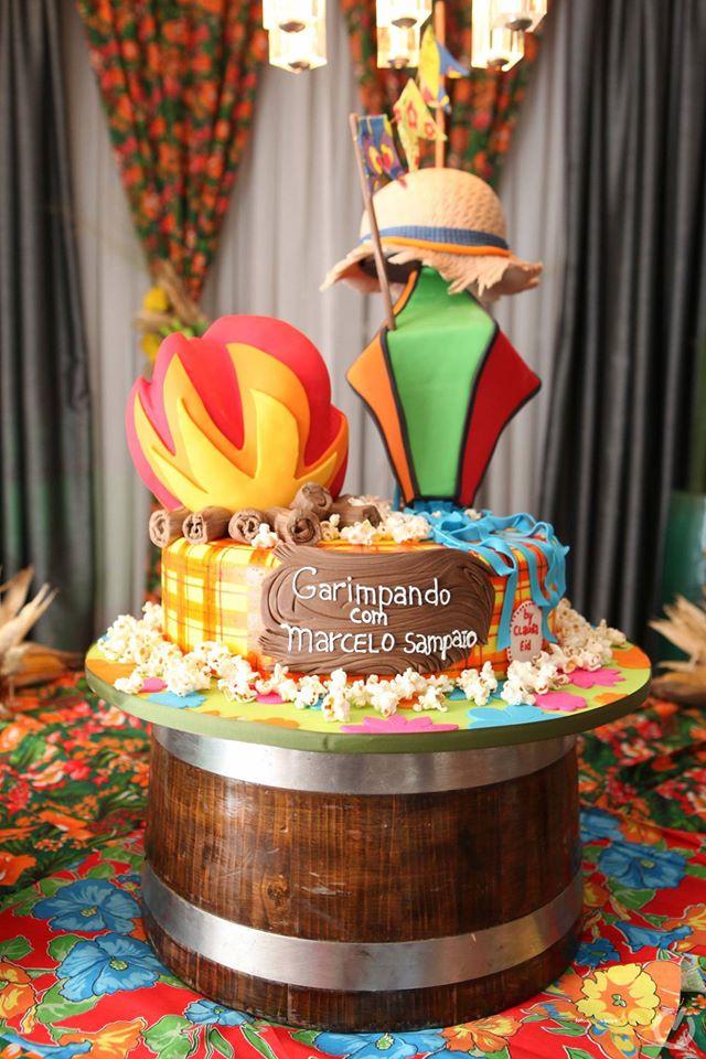 bolo de pipoca para mesa de festa junina como fazer : Bolo decorado de festa junina Planejando Meu Casamento
