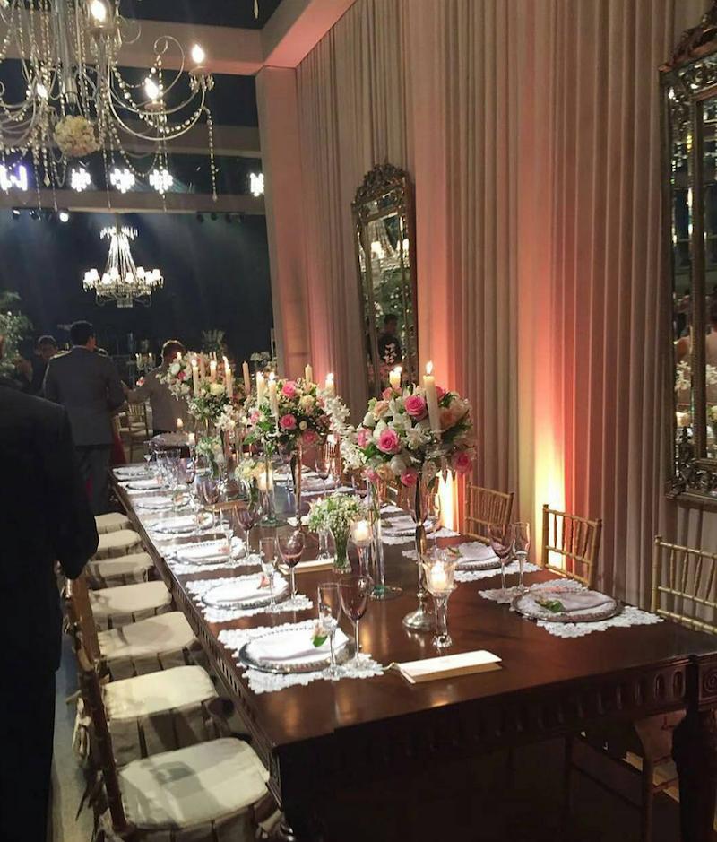 Decoração da mesa de jantar do casamento de Wesley Safadão e Thyane